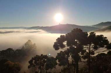 Monte Verde, no Sul de Minas, amanheceu sob forte neblina e temperatura de 6,4ºC / Foto: Nelson Pacheco/Divulgação