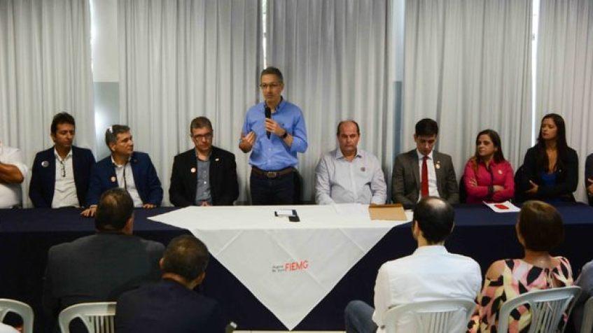 Romeu Zema cumpre agenda de trabalho em Governador Valadares
