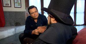 Domingo Show: após anos sem dar entrevistas, Zé do Caixão conversa com Geraldo Luís