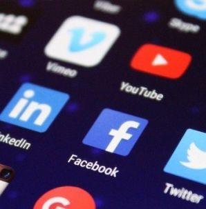 Câmera Record explica como aplicativos e redes sociais utilizam os dados dos usuários