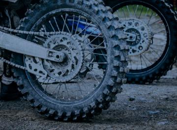 Reforma em pneus de motocicletas
