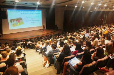 Cerca de 600 professores estiveram no Intensivo do SINEP/MG sobre BNCC