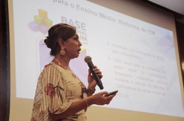 Prof. Zuleica Ávila apresenta desafios da Educação Básica no XI Financies