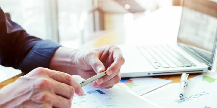 Saiba como diminuir custos com um web ERP